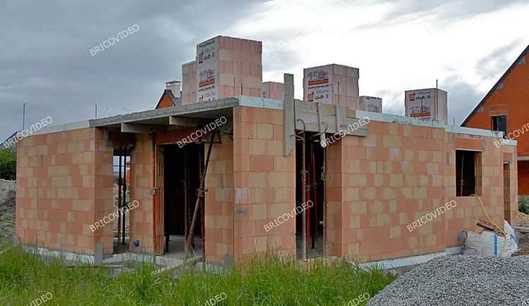 Forum faire construire fabulous maison maison richard with forum faire construire affordable for Construction maison brique