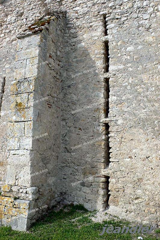 contrefort ouverture mur