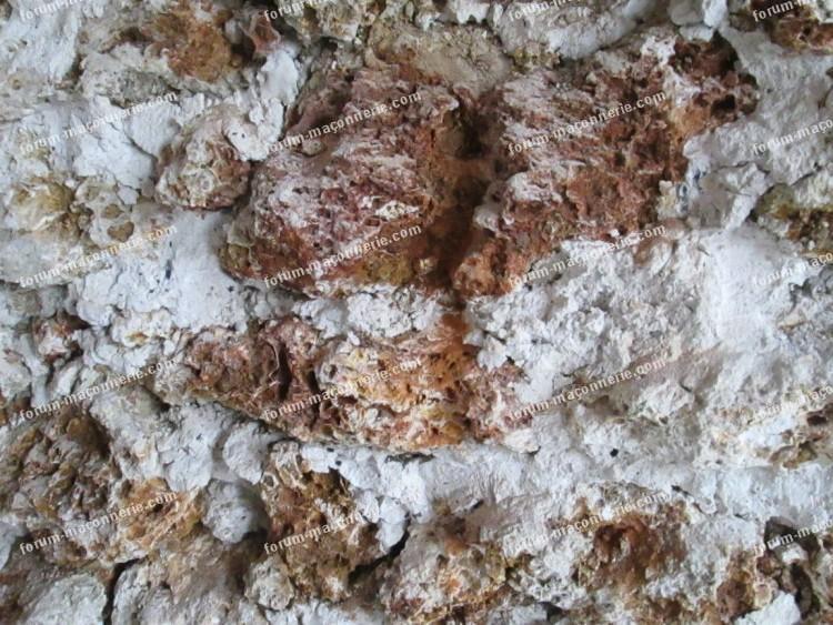 accroche enduit chaux/chanvre sur murs anciens