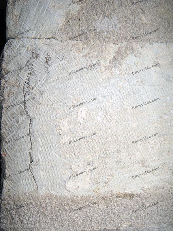 fissure mur en pierre