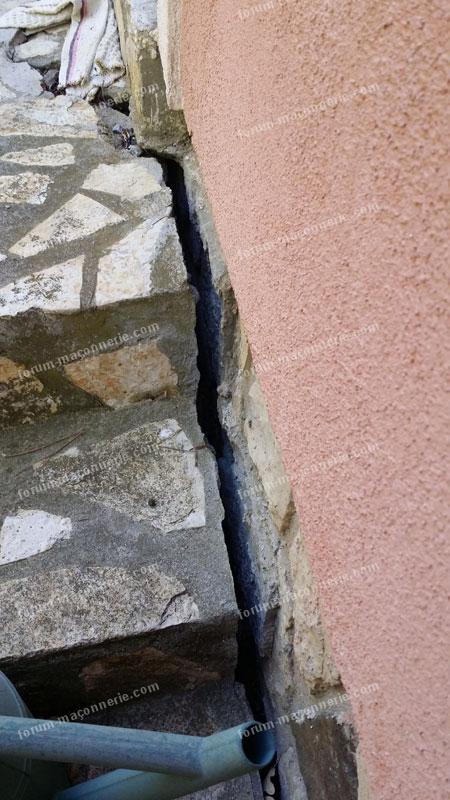 grosse fissure mur extérieur que faire