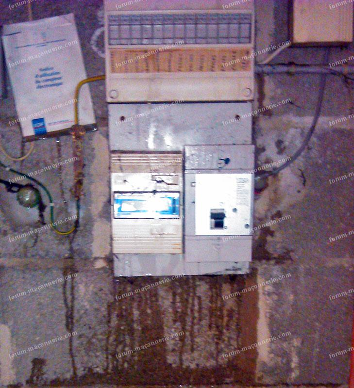 infiltrations d'eau au niveau du tableau électrique