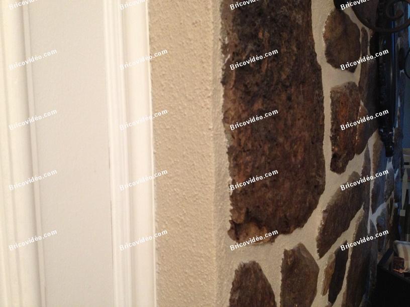Conseils d molition d 39 un mur int rieur en pierre des champs for Probleme d humidite mur interieur