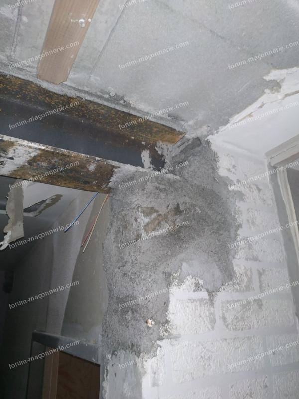 poutre reposant sur partie du mur 2
