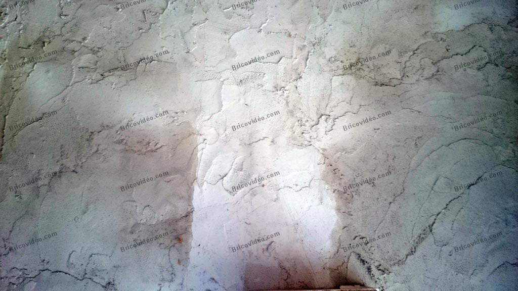Bricovid o bricolage travaux ma onnerie probl me for Probleme d humidite mur interieur