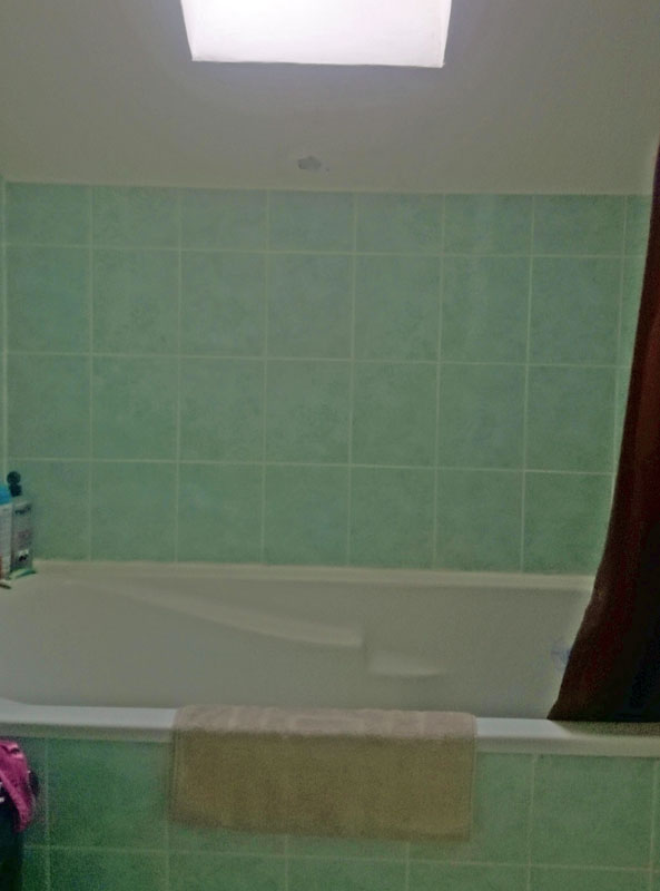 bricovid o forum ma onnerie r parer mur de la baignoire imperm abiliser. Black Bedroom Furniture Sets. Home Design Ideas