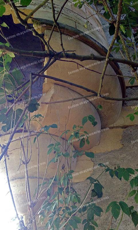 maçonnerie restaurer une tour en pierres